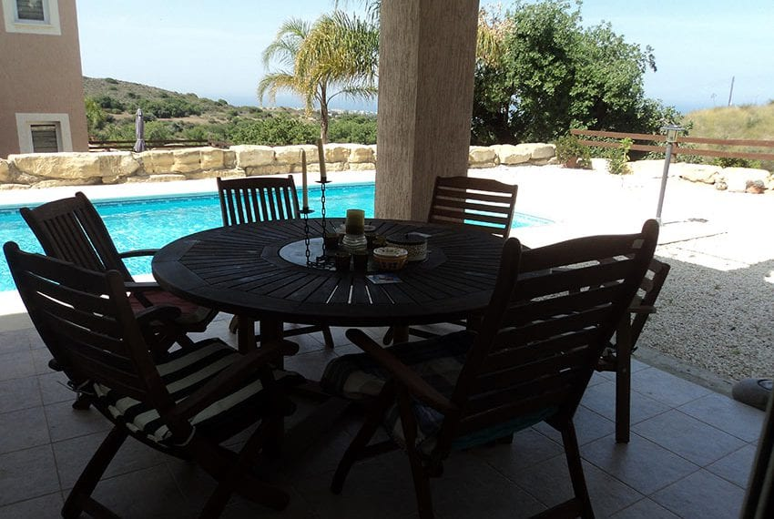 3 bedroom 3 bathroom villa for sale in Tala, Paphos