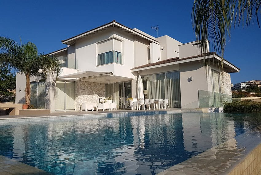 Modern 5 bedroom house for sale in Limassol05