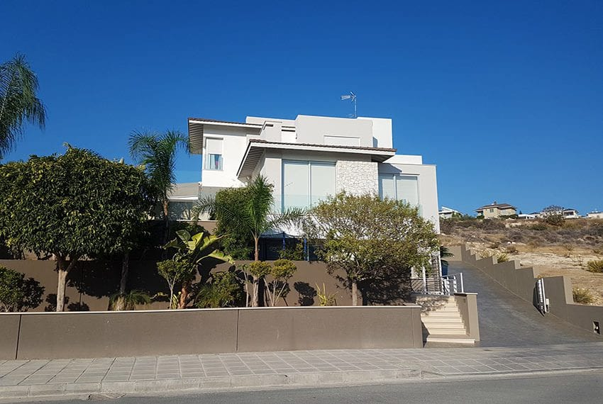 Modern 5 bedroom house for sale in Limassol13