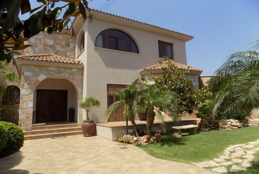 Luxury 5 bed villa for sale with sea views Limassol21
