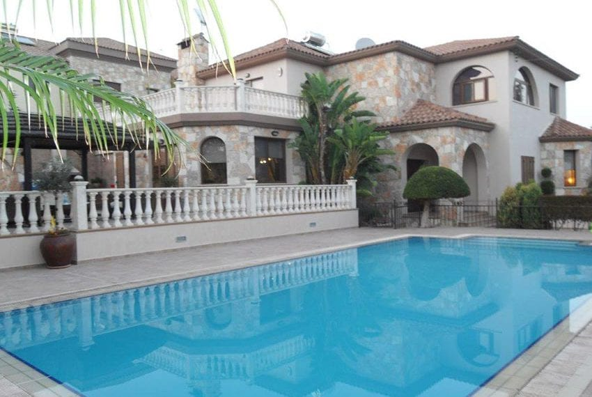Luxury 5 bed villa for sale with sea views Limassol33