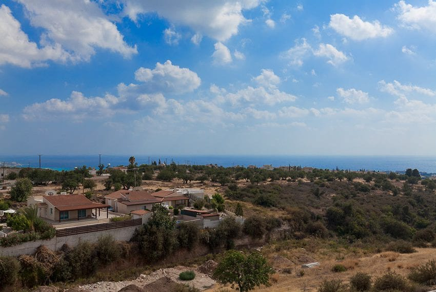 Corallia villas for sale in Peyia outskirts