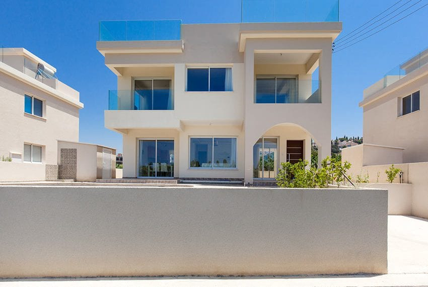 Luxury 3 bedroom villa for sale in Kisonerga