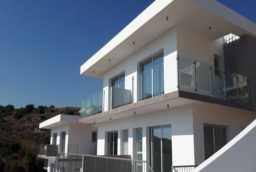 Modern 3 bedroom town house for rent in Tala04