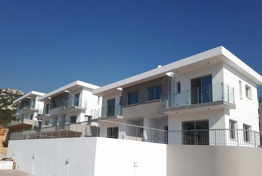 Modern 3 bedroom town house for rent in Tala07