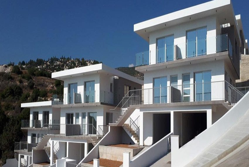Modern 3 bedroom town house for rent in Tala16