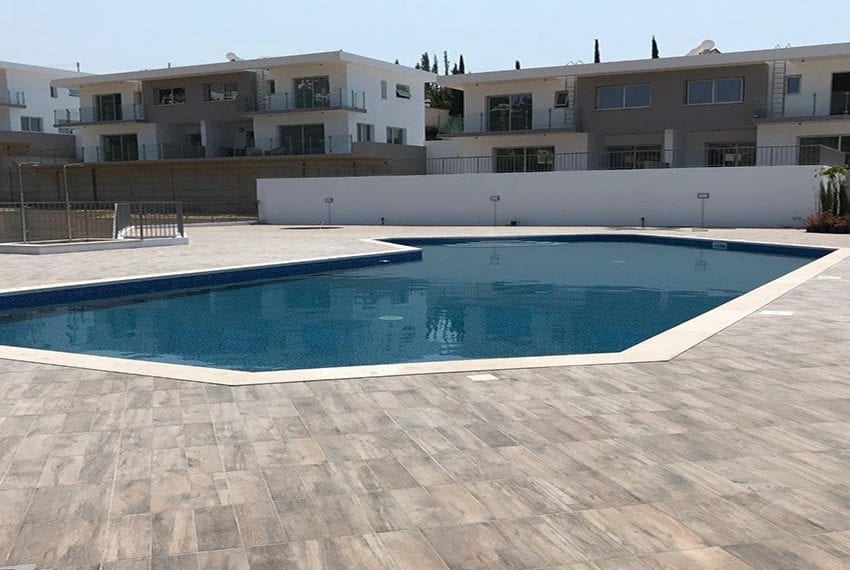 Modern 3 bedroom town house for rent in Tala32