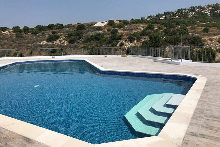 Modern 3 bedroom town house for rent in Tala36