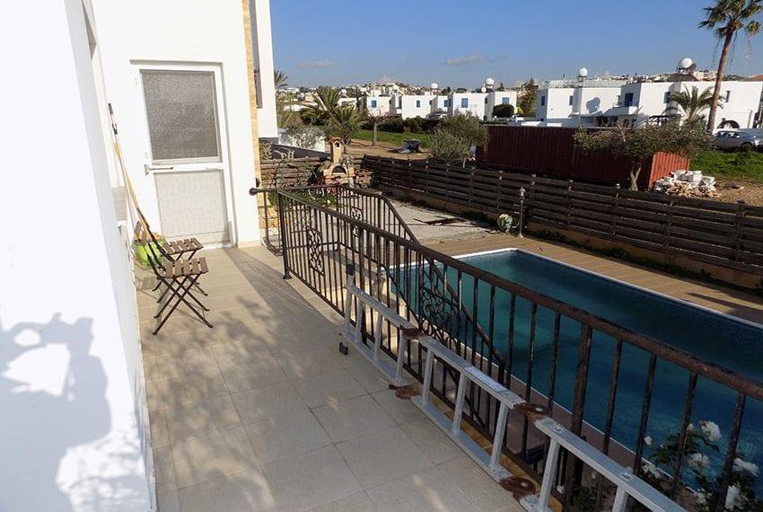 3 bedroom Villa with pool for sale Chloraka coastoast33