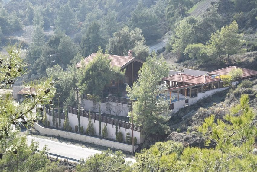 Country house for sale with mountain views Limassol