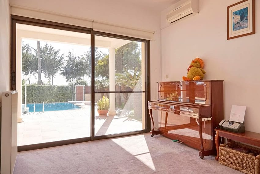 Luxury beach villa for sale St Raphael, Limassolch villa for sale St Raphael, Limassol06