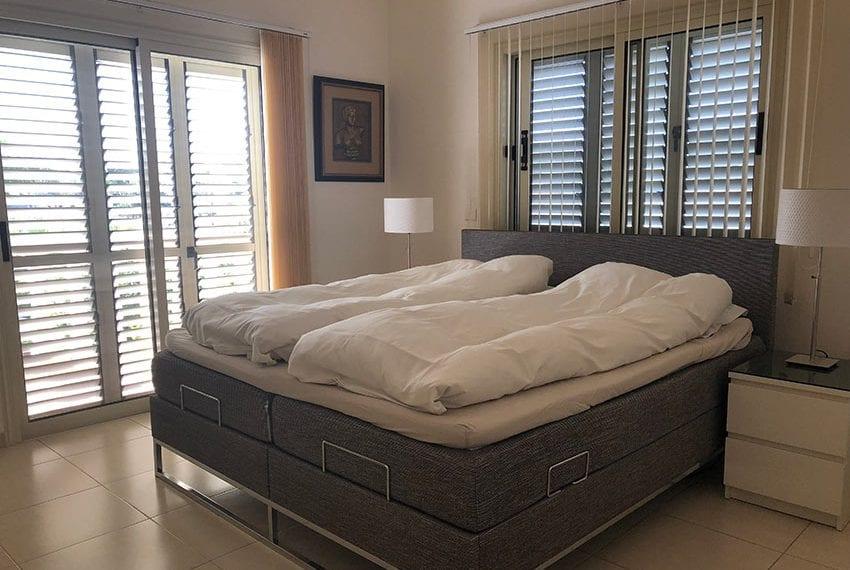 Spacious 4 bedroom villa for sale in Limassol, Pyrgos06