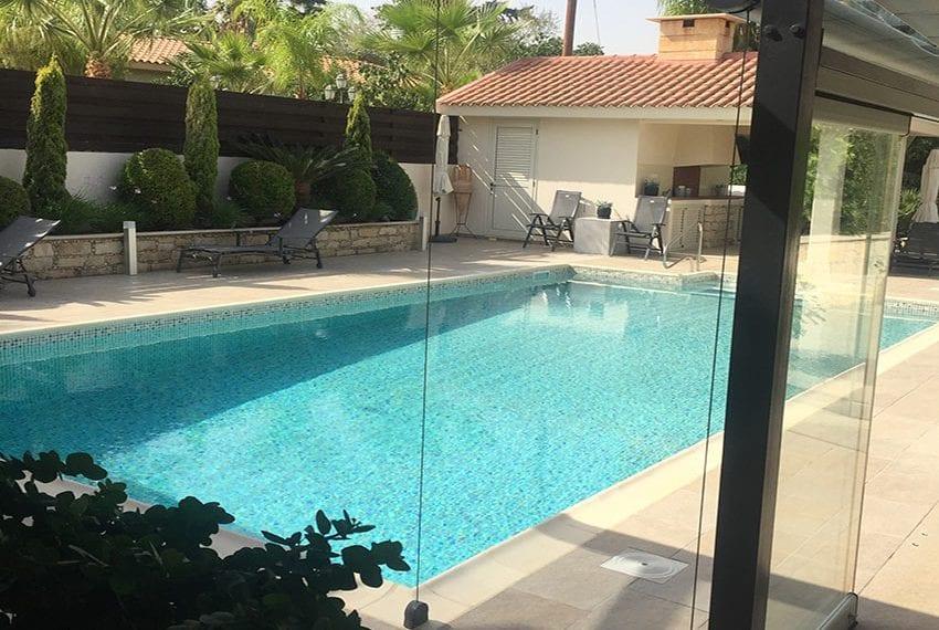 Spacious 4 bedroom villa for sale in Limassol, Pyrgos11