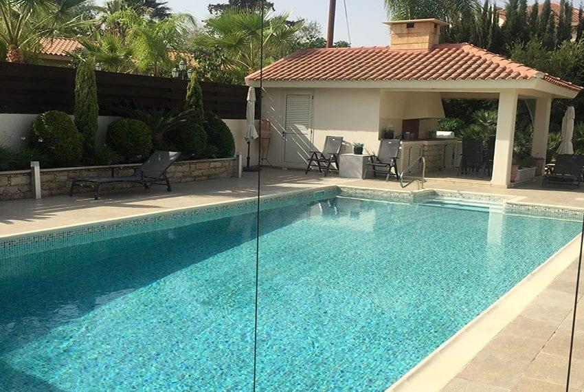 Spacious 4 bedroom villa for sale in Limassol, Pyrgos12