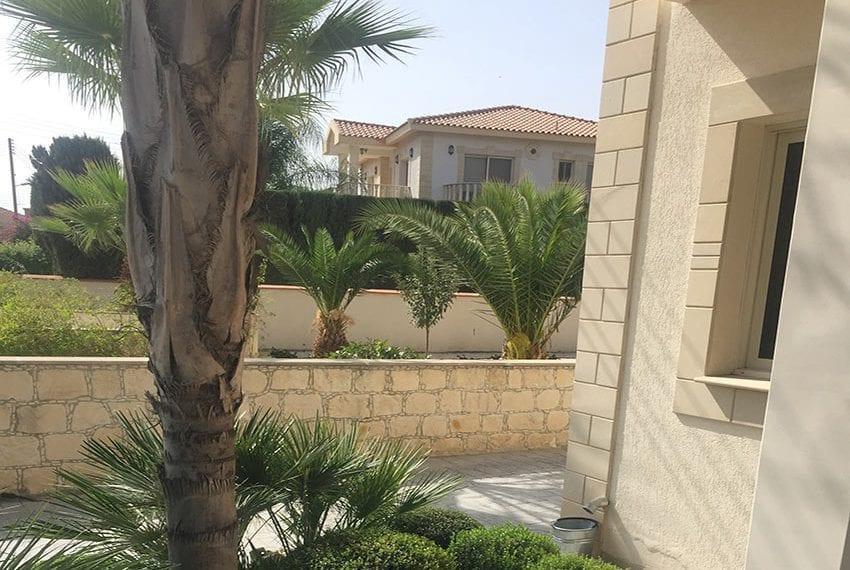 Spacious 4 bedroom villa for sale in Limassol, Pyrgos21