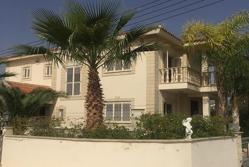 Spacious 4 bedroom villa for sale in Limassol, Pyrgos24