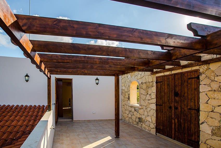 luxury spacious 5 bedroom villa Letimbou village11