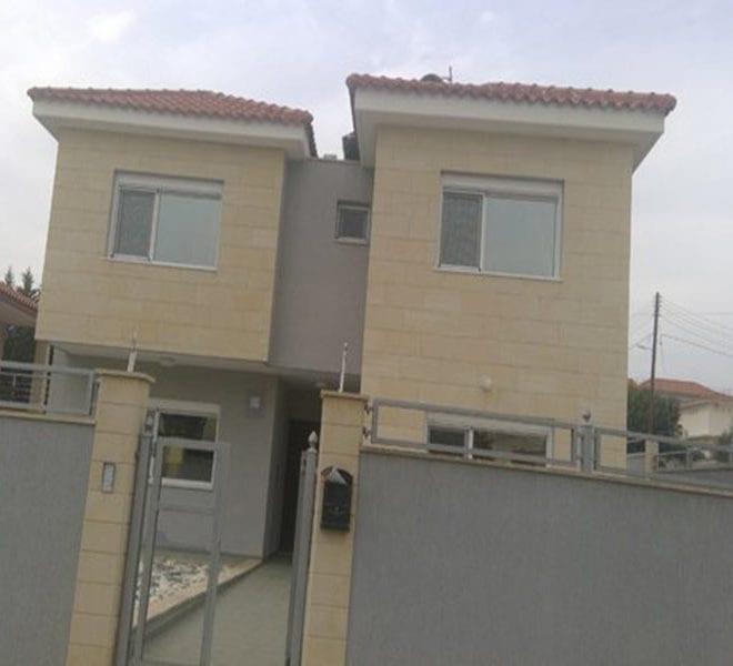 Detached 4 bedroom villa with title deeds in Limassol