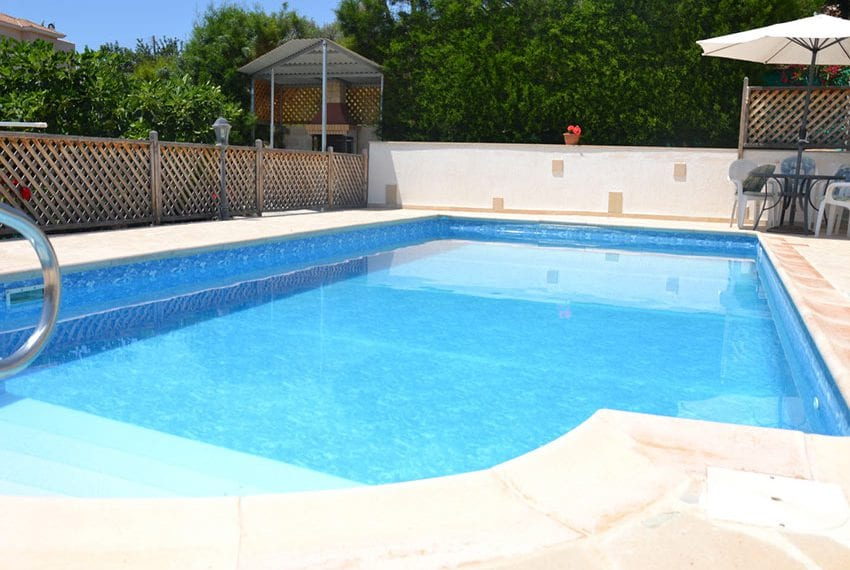 Split level villa for sale with private pool Tala, Paphos