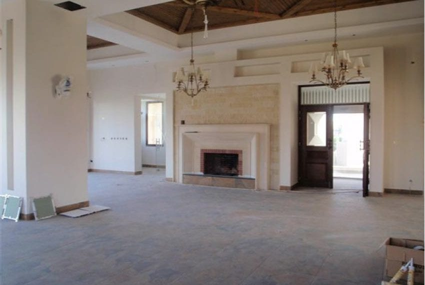 commercial building for sale in kato paphos09