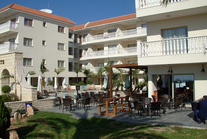 block of apartments for sale in yeroskipou paphos05
