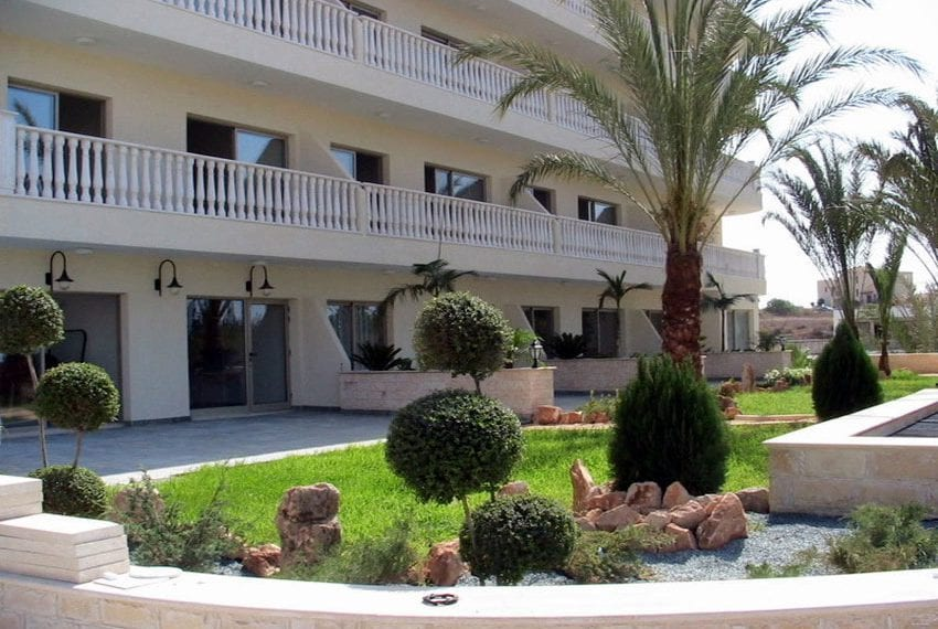 block of apartments for sale in yeroskipou paphos17