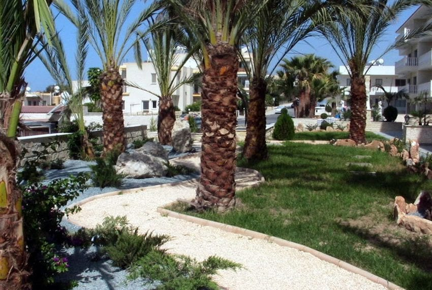 block of apartments for sale in yeroskipou paphos20