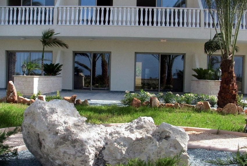 block of apartments for sale in yeroskipou paphos22