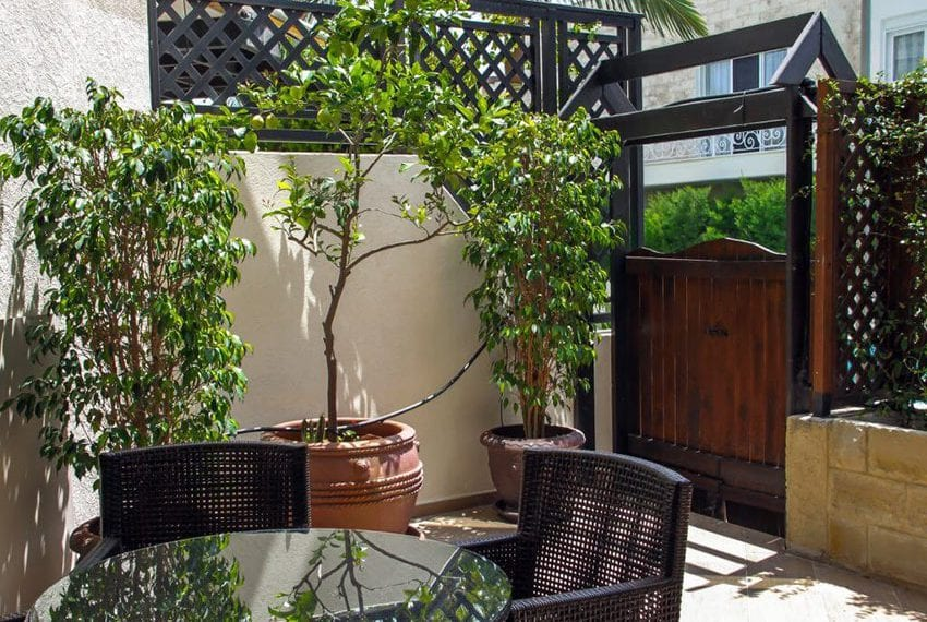 apartment for sale near beach in limassol02