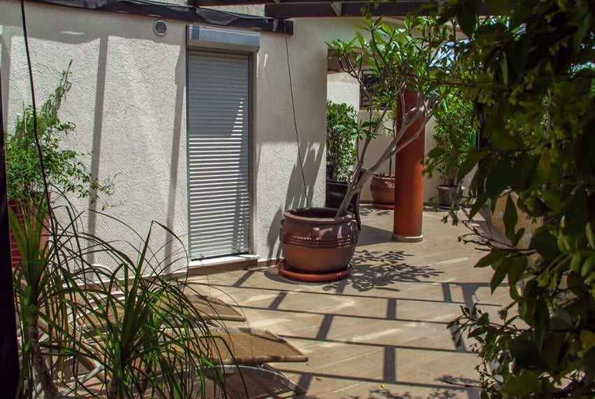 apartment for sale near beach in limassol04