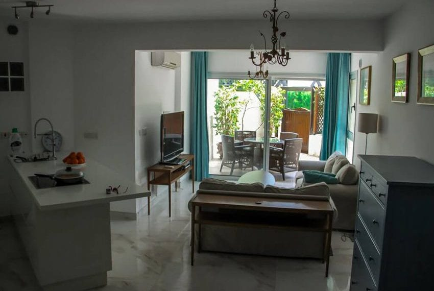apartment for sale near beach in limassol09