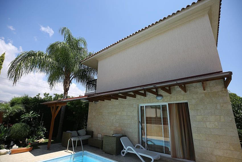 Spacious 3 bedroom house for sale in Tourist area Limassol03