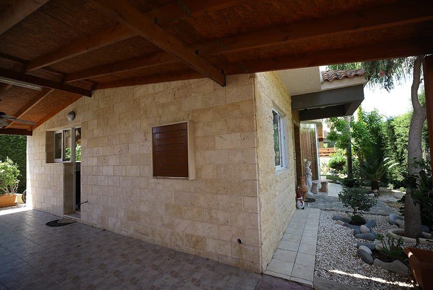 Spacious 3 bedroom house for sale in Tourist area Limassol07