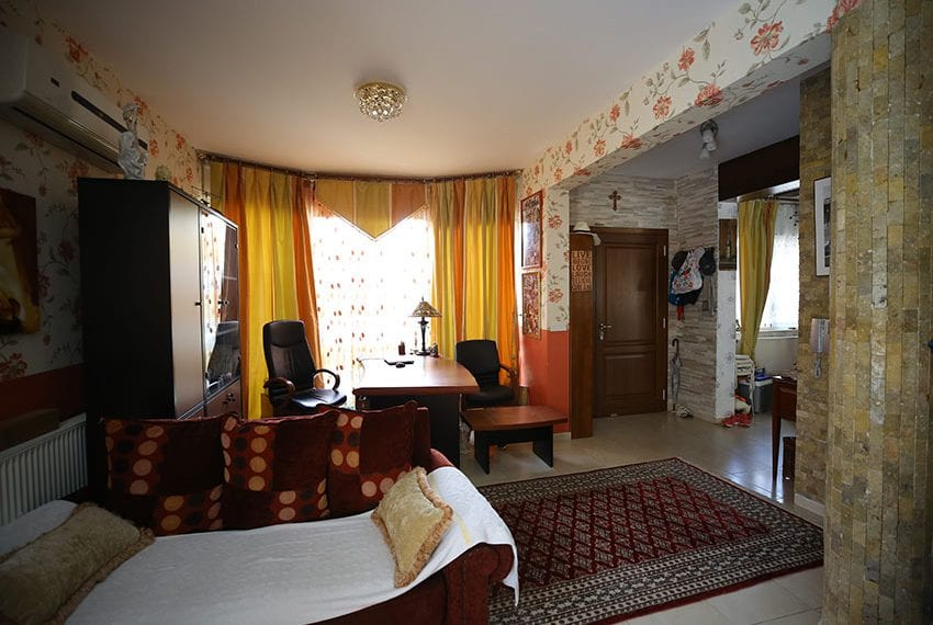 Spacious 3 bedroom house for sale in Tourist area Limassol09