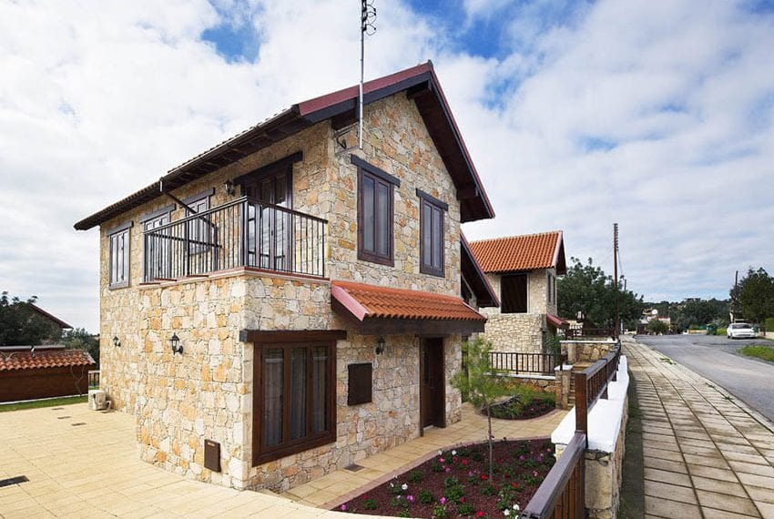 House with private pool for sale in Souni, Limassol