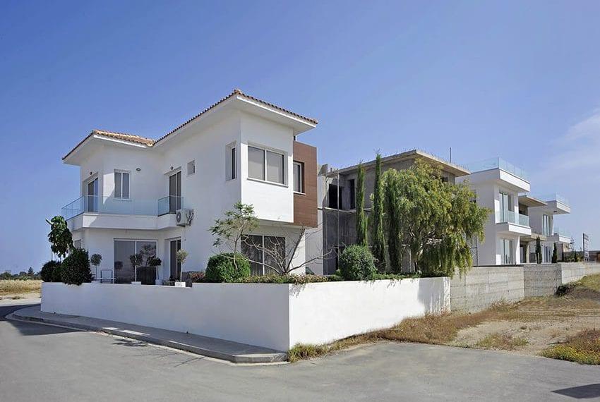 Luxury residences for sale Larnaka, Cyprus
