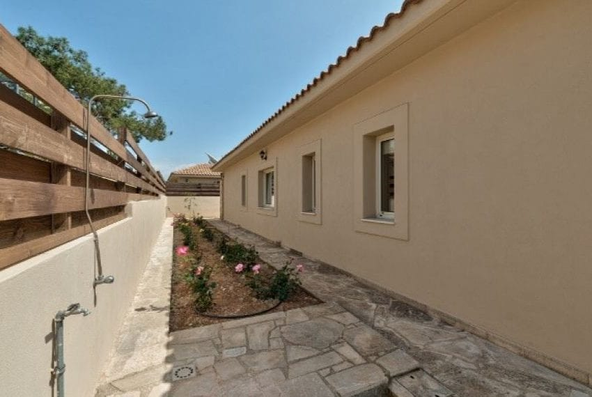 3 bedroom villa for sale in Souni, Limassol18