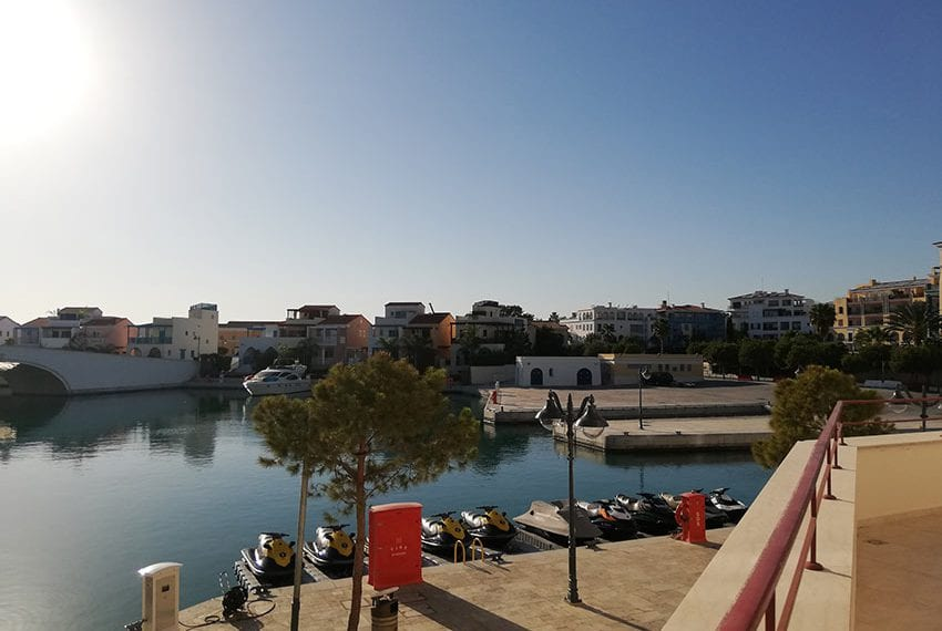 Luxury apartments for rent Limassol marina