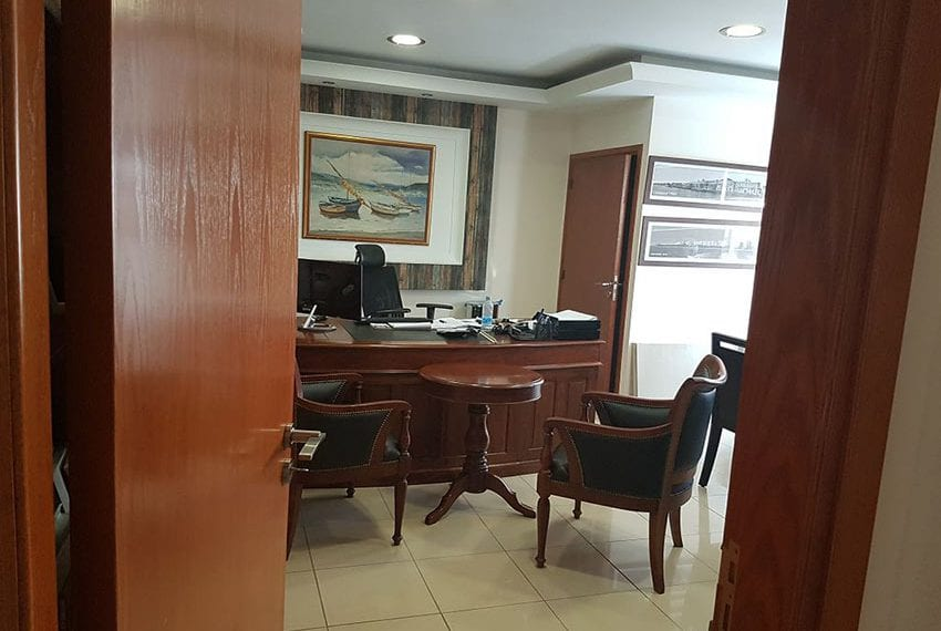 Office for sale in Limassol close to new marina