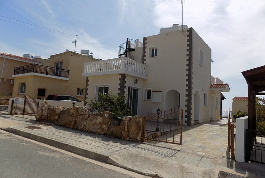 Villa for sale with spectacular panoramic views Peyia