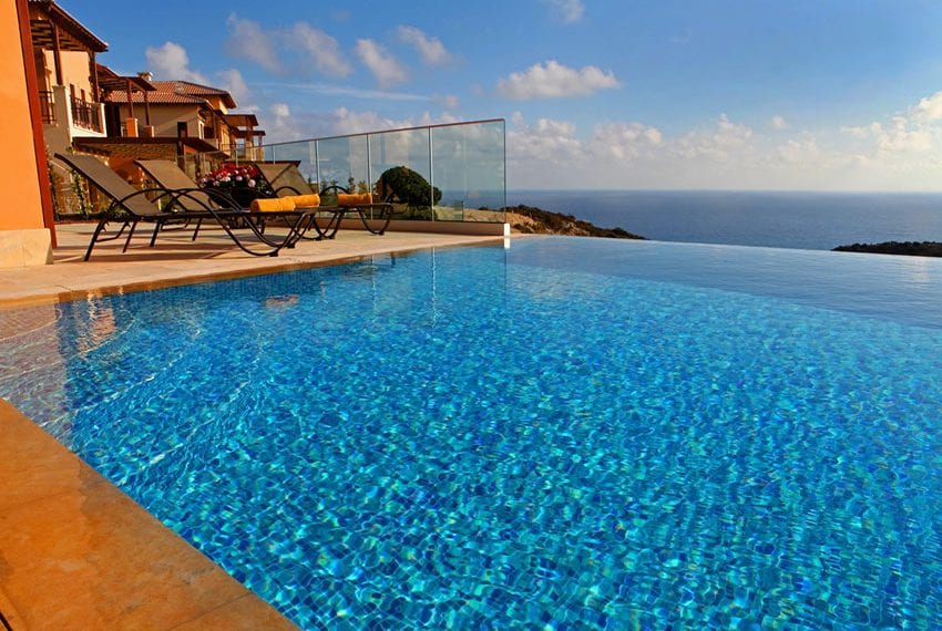 Luxury golf villa for rent with private pool