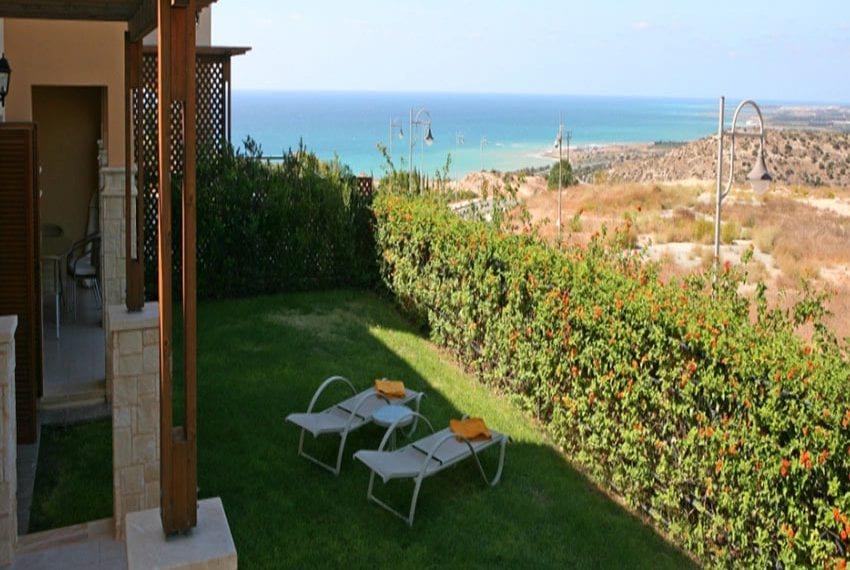 Spacious apartment for rent Aphrodite Hills