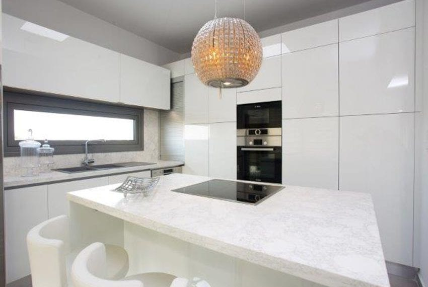 Luxury 3 bed apartment for rent in Germasogeia