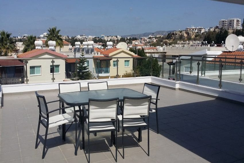 Villa with roof garden for sale in Universal Paphos