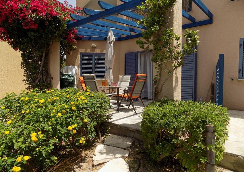 Regina Gardens garden apartment for sale - Cyprus Direct