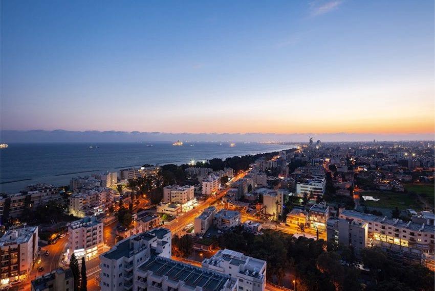 Luxury modern 3 bed flats wit roof garden in Limassol