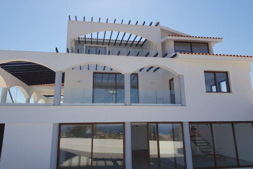 Invest in Cyprus Real Estate and get residency
