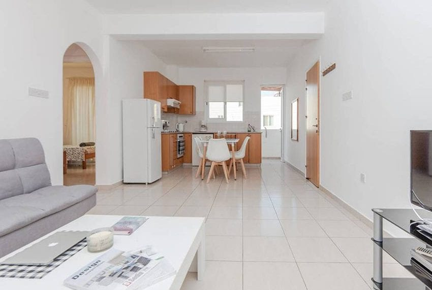 2 bed apartment for sale Universal Paphos
