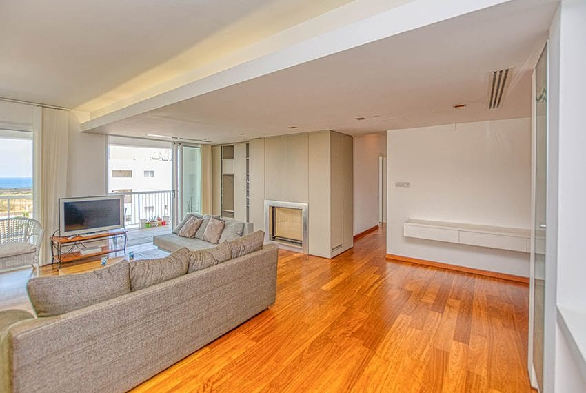 Apartment for sale with sea view roof terrace and jacuzzi16
