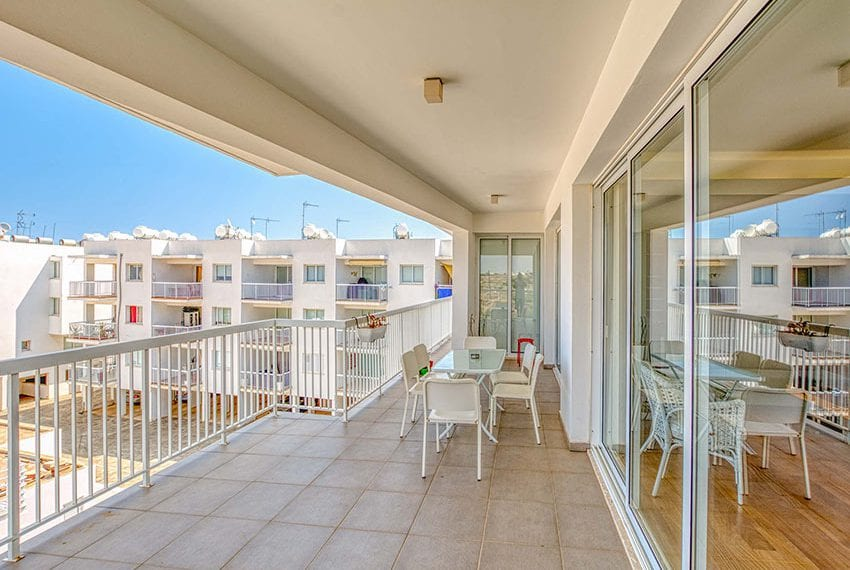 Apartment for sale with sea view roof terrace and jacuzzi25